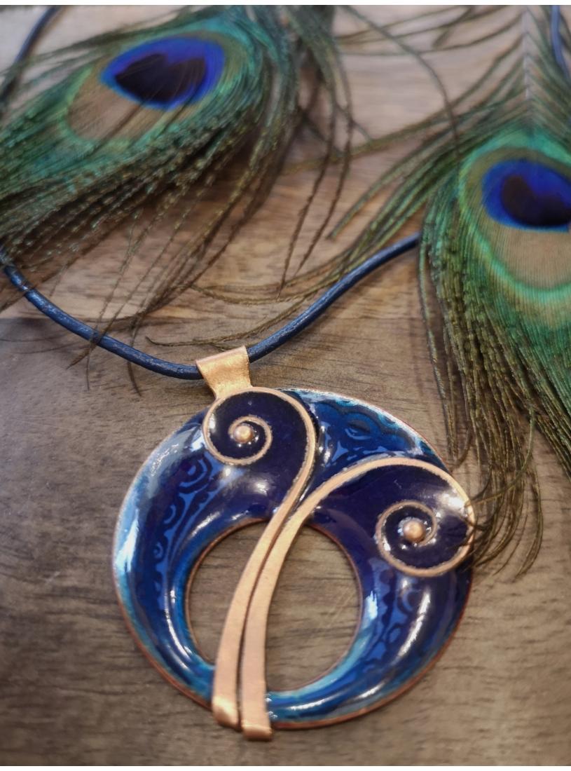 Indás tűzzománc medál / nyaklánc - kék
