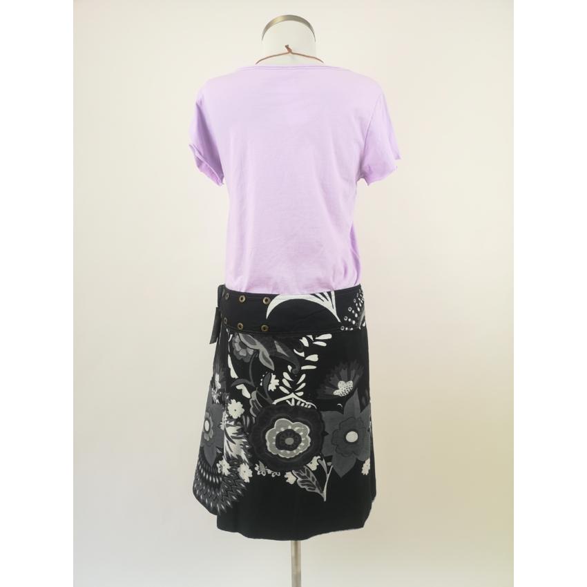 Patentos, kifordítható szoknya- szürke alapon mandalás és fekete - fehér virágos