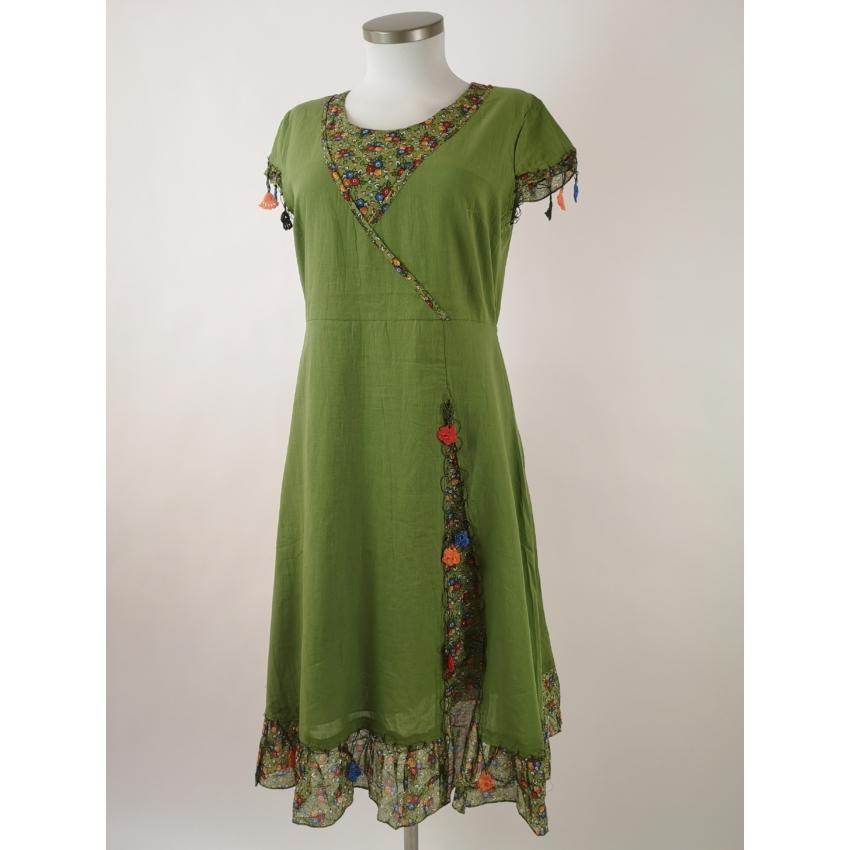 Romantikus, apró virágos midi ruha