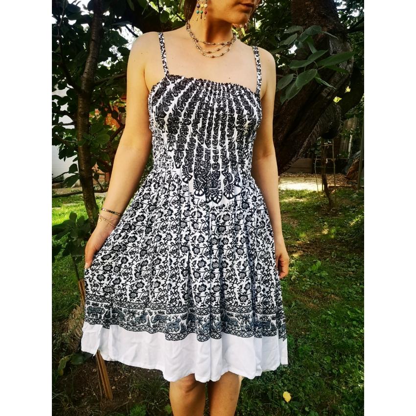 Fekete - fehér, elefántos mini ruha