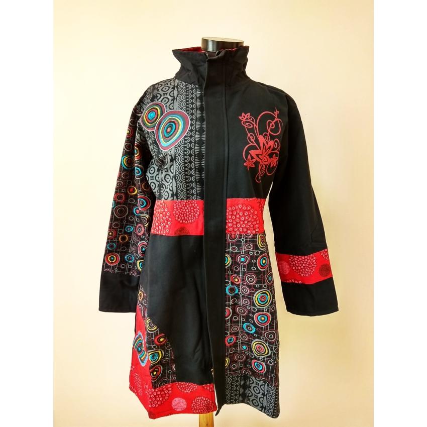 Színes - Buborékos, fekete, hosszított kabát